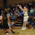 Bulldogs Hit Buzzer Beater to Upend Maroon Devils