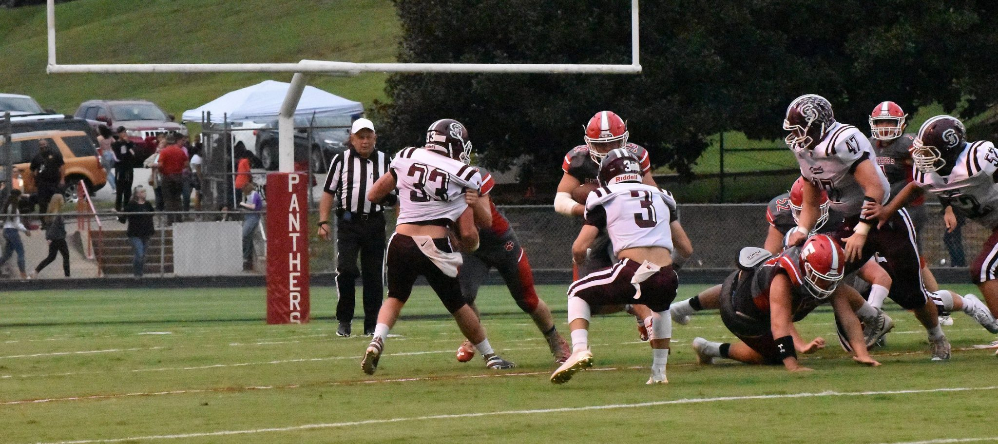 Maroon Devils Win 4th Straight, Shutout Panthers 27-0