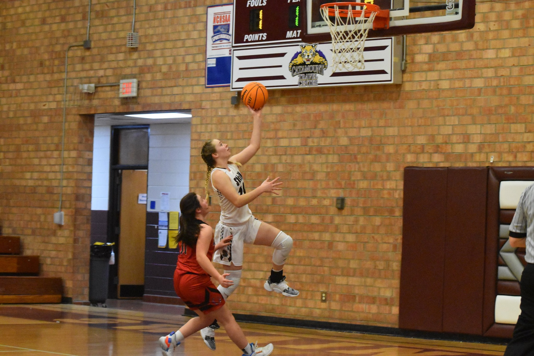 Lady Devils Down Cats to Open the Season