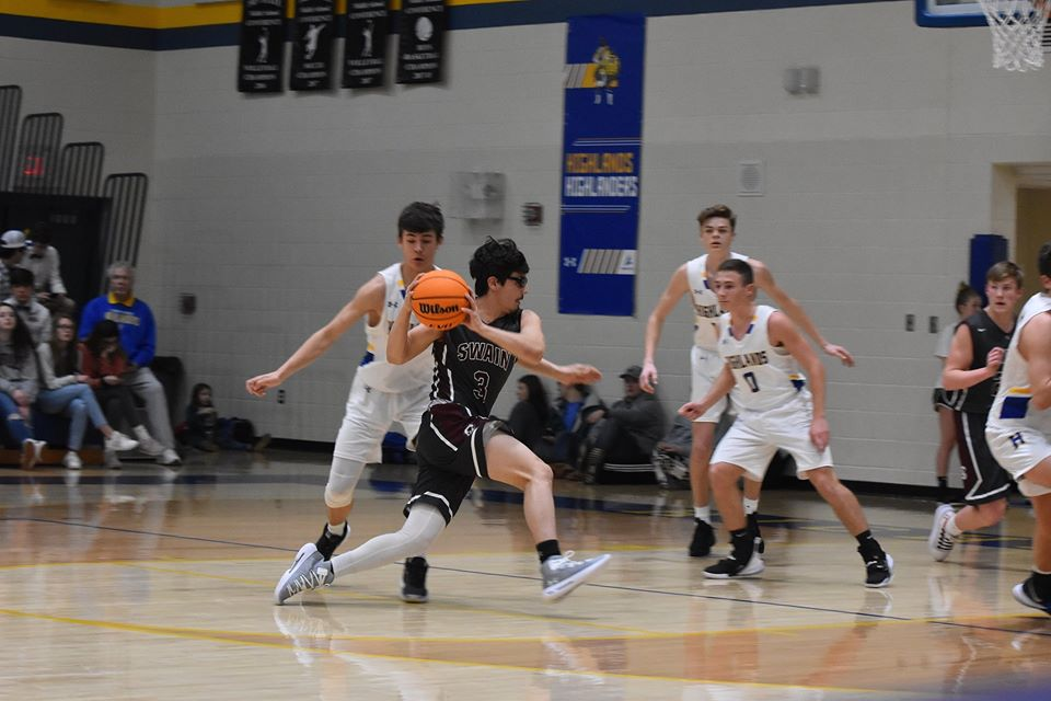 Hot Devils Reach 96 in Win Over Highlands
