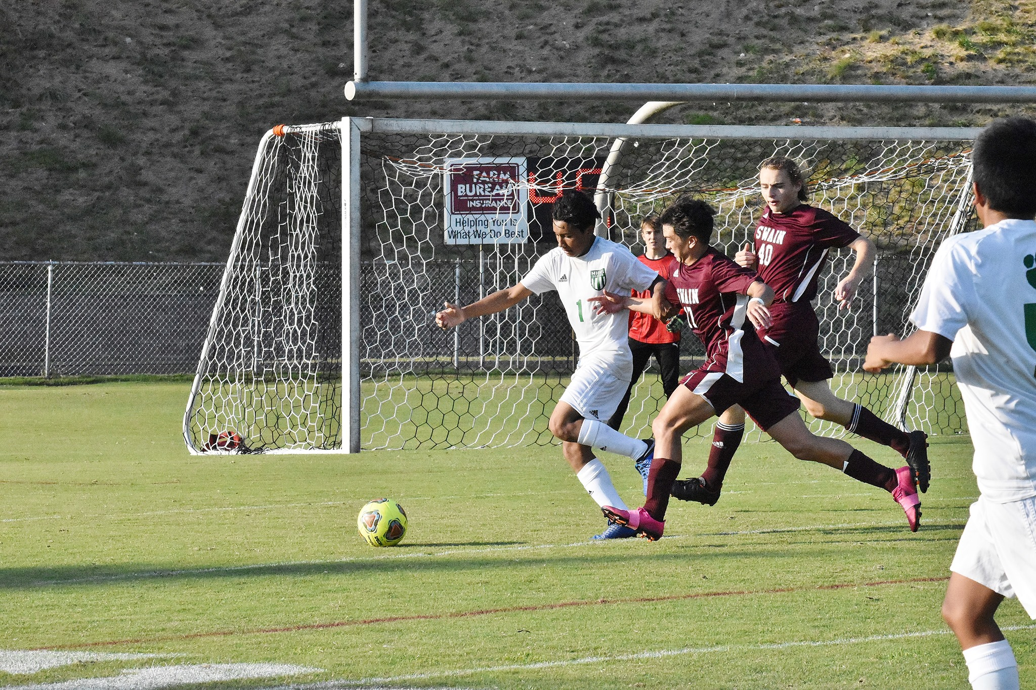 Cougars Hand Swain 1st Home Loss